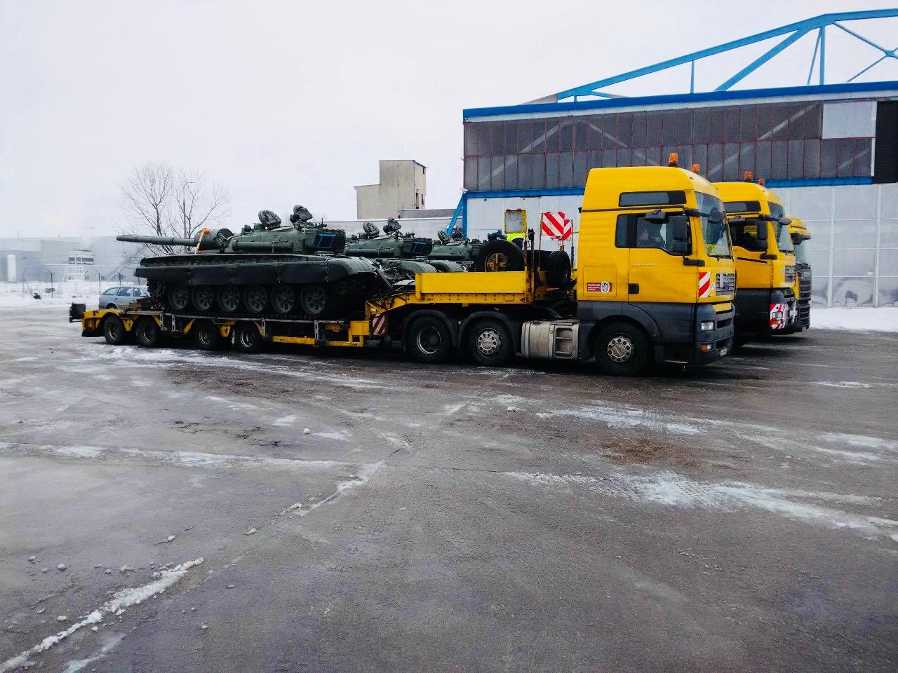Přeprava vojenského materiálu / Military Transport
