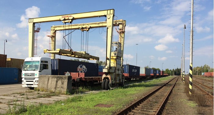 Kontejnerové služby / Container Services