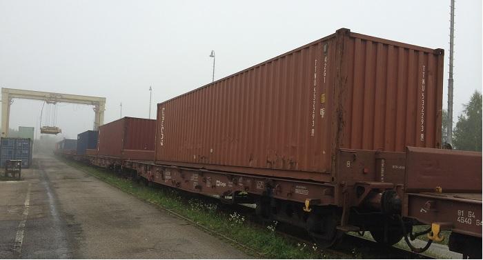 Železniční přeprava / Rail Transport